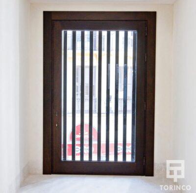 ventanas resistente al fuego, con puertas de altas presiones, alta durabilidad y elementos adicionales