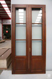 Puerta-2 de la vivienda con cerramiento antibalas